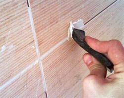 Заделка швов в плитах на потолке