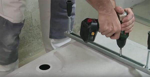 Чем заделать щели в ванной Кафель и плитка