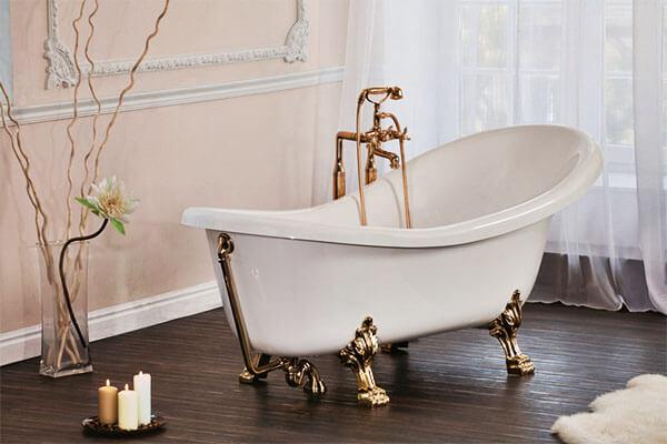 Ванна на красивых ножках