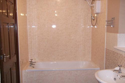 Видео обшивки панелями своими руками в ванной