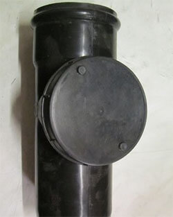Ревизия для канализационного стояка (фото)